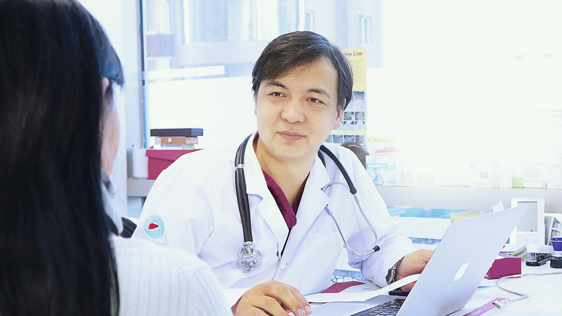 Д.Бэхболд: Элэгний C вирүсээ эмчилсэн ч дахин халдвар авахаас сэргийлэх шаардлагатай